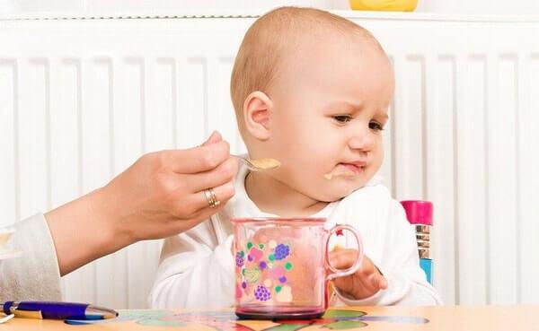 Cách làm cho trẻ tăng cân khi có biểu hiện biếng ăn