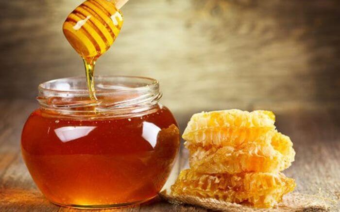 mật ong trị viêm họng