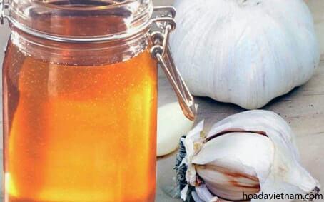 Hướng dẫn chi tiết cách dùng tỏi mật ong chữa viêm họng 7