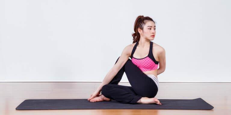 bài tập yoga chữa đau thắt lưng