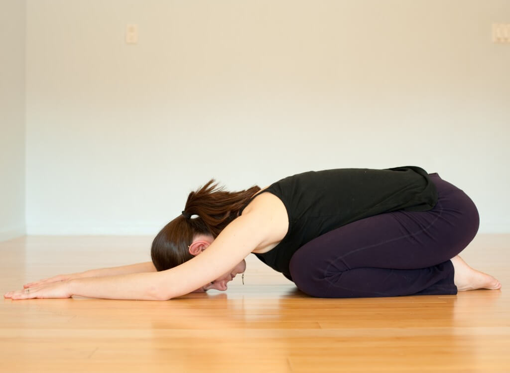 tập yoga chữa đau thắt lưng