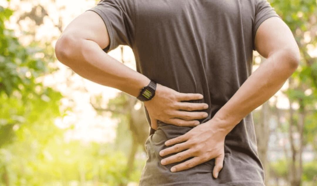 Đau thần kinh tọa cấp tính gây khó khăn khi vận động cho người bệnh
