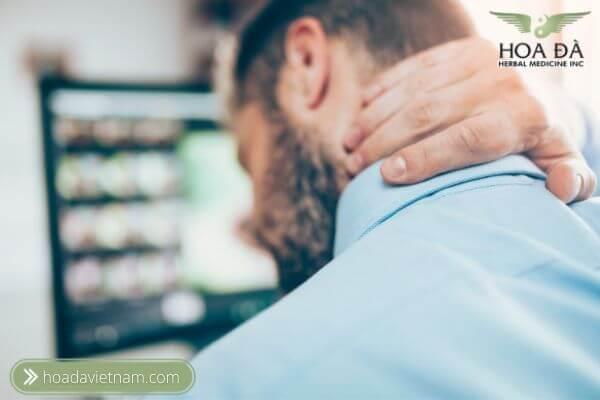 Người làm việc trước máy tính (dân văn phòng) có tỉ lệ mắc bệnh thoái hoá đốt sống cổ cao nhất.